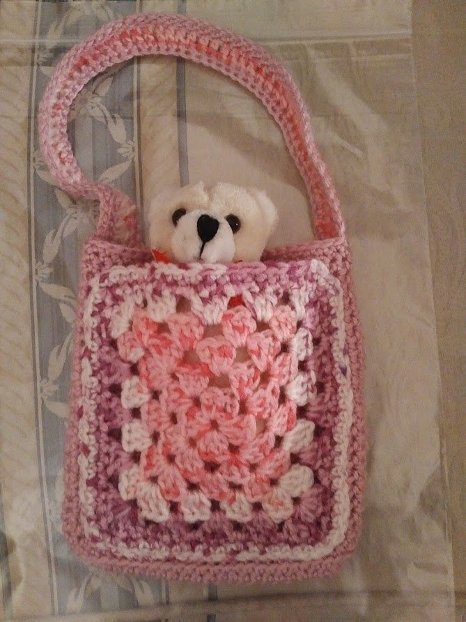 pink-multi-small-bag-teddy-inside-closer