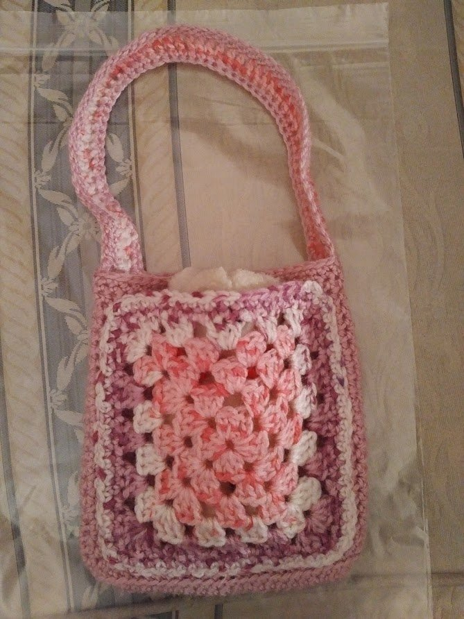 pink-multi-small-bag-teddy-right-inside-closer