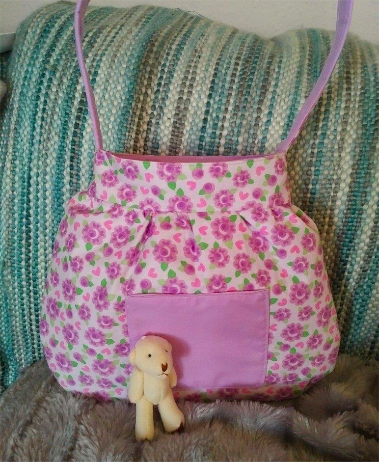 crisp-cotton-bag-lilac-flowers-teddy-outside