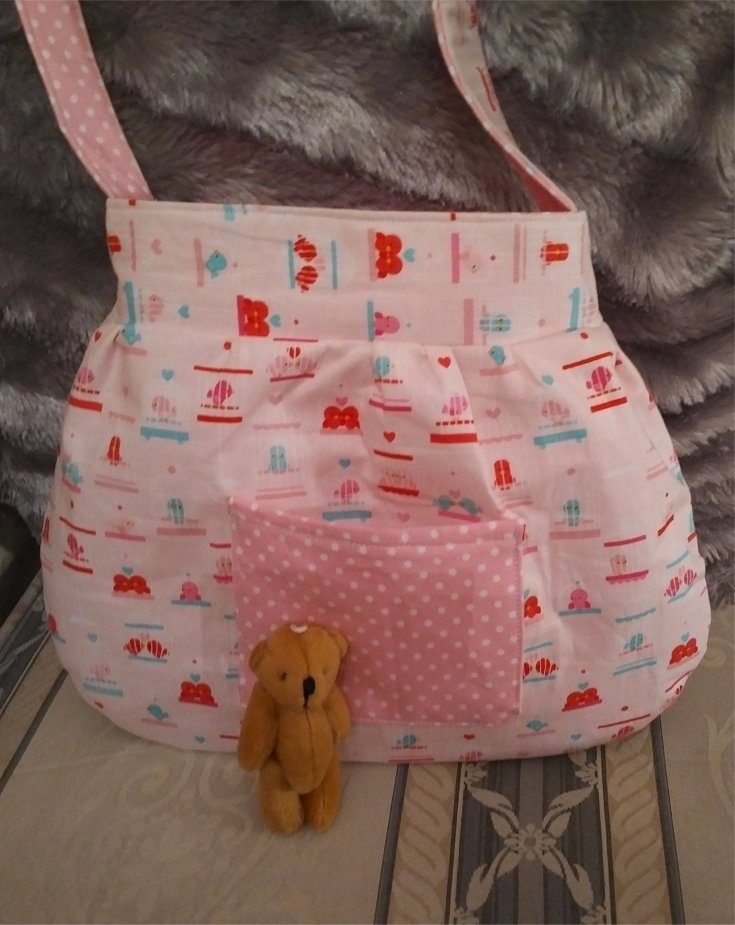 crisp-cotton-bag-love-birds-polka-dots-teddy-outside