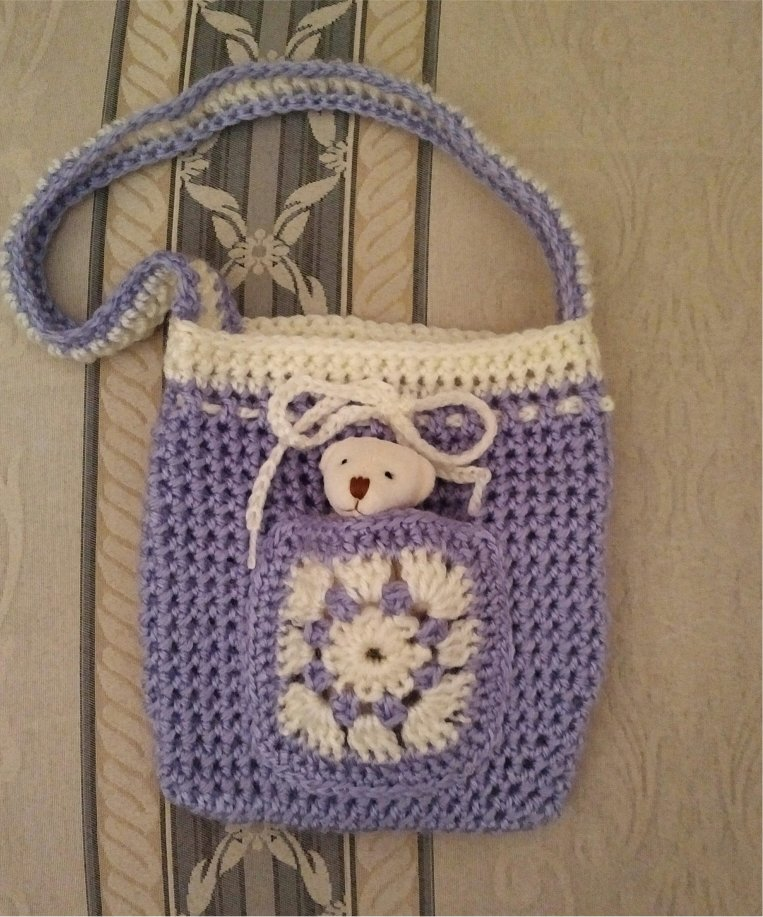 lilac-small-bag-tiny-teddy-in-pocket