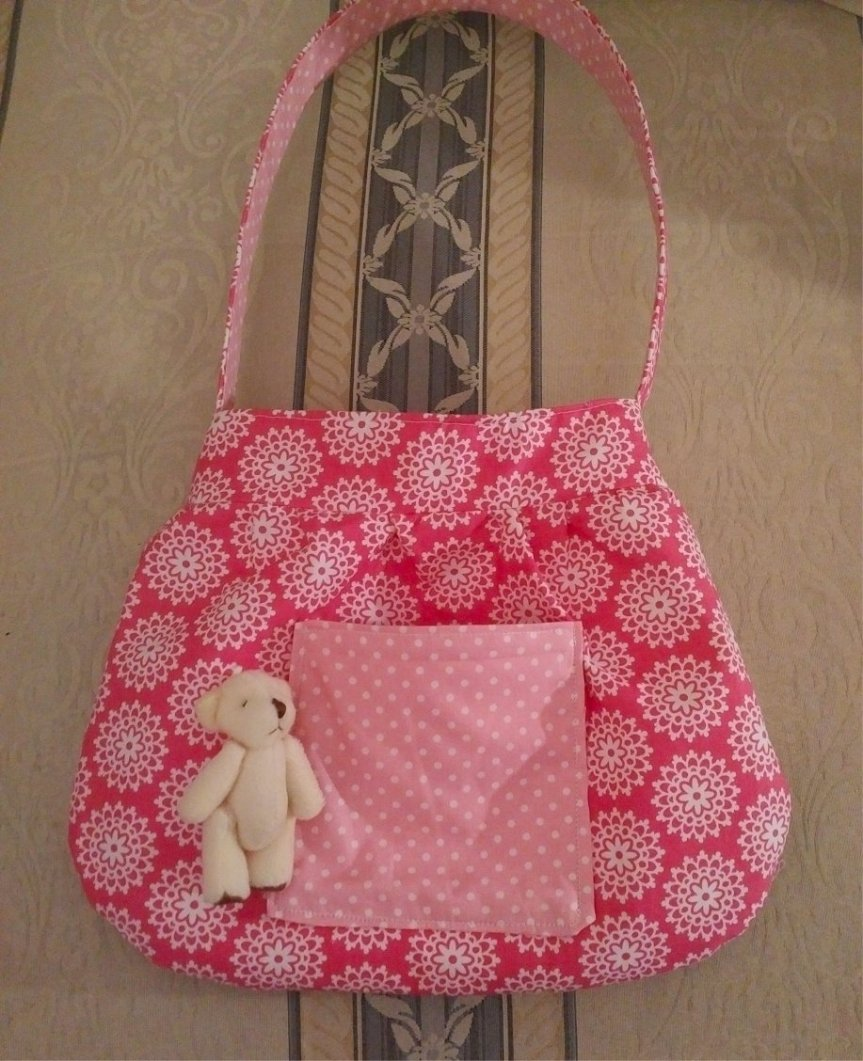 pink-doilly-polka-cotton-bag-teddy-outside