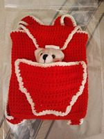 tn_red-backpack-small-teddy-in-front-pocket