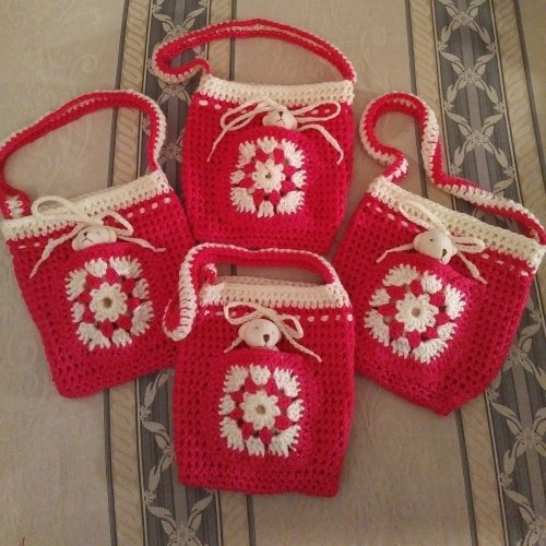 4-small-pink-sparkle-bags-sml