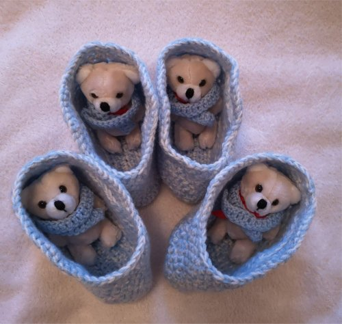 small-blue-baskets-and-s-teddies-smaller