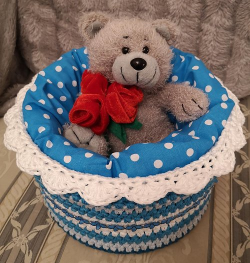 basket-completed-5-turquoise-with-teddy-1