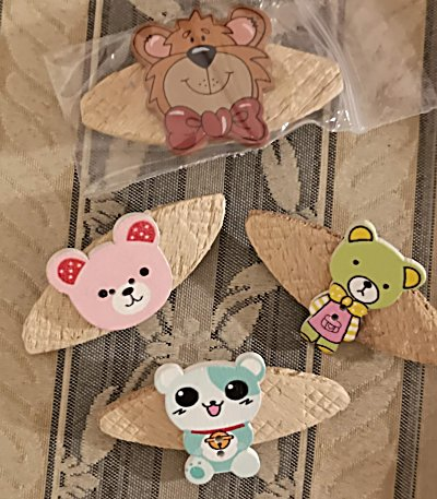 teddy-brooches-unwrapped-400-2