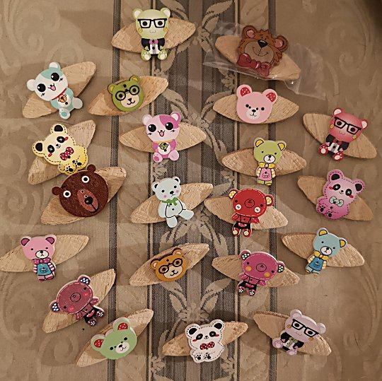 teddy-brooches-unwrapped-540-1