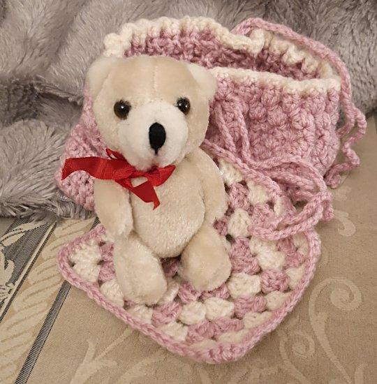 teddy-with-cardle-1a